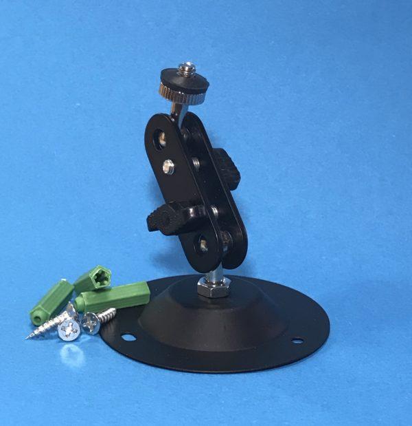 Kahe liigendiga kaamera kinnitus